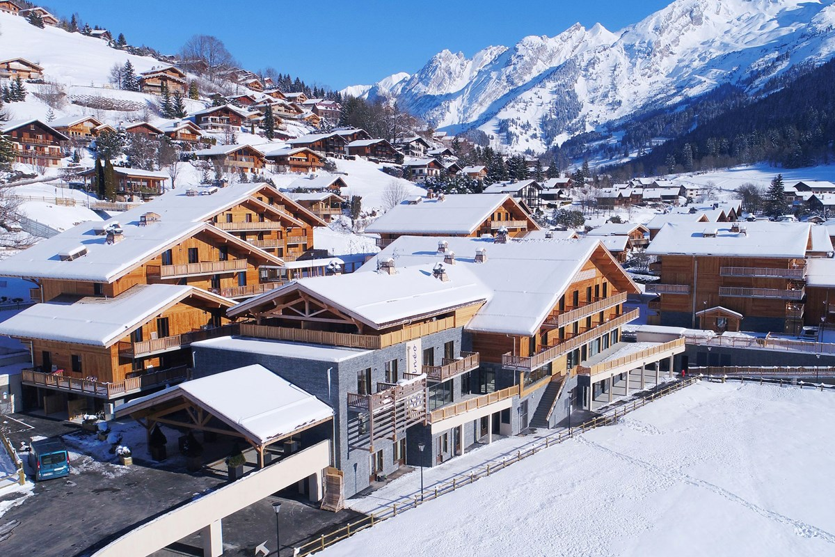 location ski la clusaz hotel prestige odalys le chamois 3
