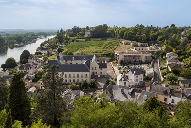 location vacances chinon residence odalys le clos saint michel